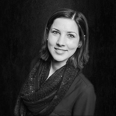 One Small Step - Ansprechpartnerin Julia Förster